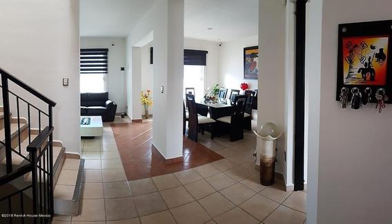 Casa En Venta En El Pueblito, Corregidora, Rah-mx-20-1198