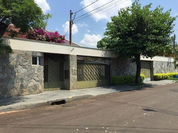 Casa Térrea Com 3 Quartos - 110682-v