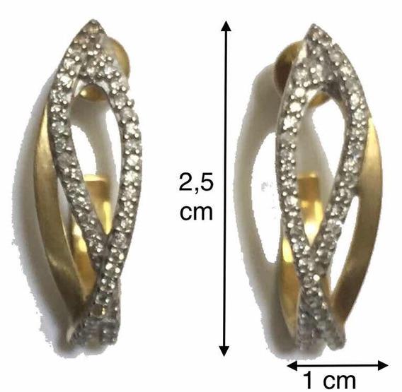 Brinco Ouro Amarelo 18k Com Detalhe Em Ródio E Diamantes.