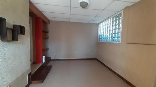 Imagen 1 de 5 de Apartamento En Renta Zona 11 Mariscal. 2 Hab. Y 1 Parq.