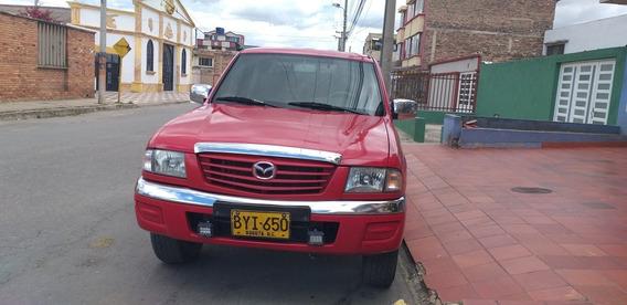 Mazda B2600 Full Equipo
