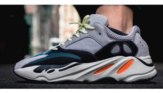 Tenis Yeezy 700 Wave Runner