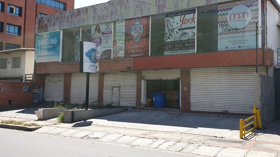 Se Alquila Local Comercial 600m2 Las Mercedes