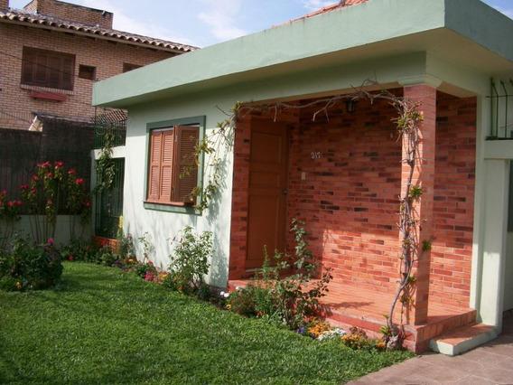 Casa Térrea À Venda, Terreno 12x44, Duas Casas No Terreno, Guarujá, Porto Alegre. - Ca0607