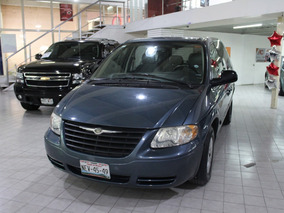 Chrysler Voyager (enganche)