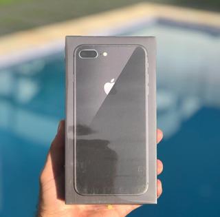 iPhone 8 Plus Cinza