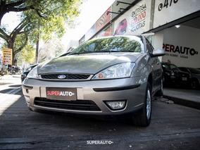 Ford Focus 1.8 2008 Gris Llevalo Con $20000 + Cuotas!