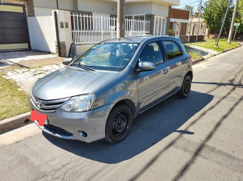 Toyota Etios 2014 1.5 Xs 5 P
