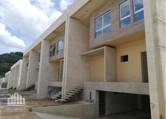 Town House En Res. Cumbres De Guataparo. Glth-037