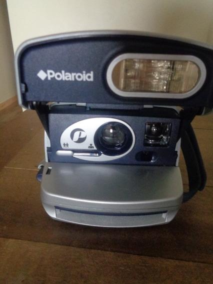 Câmera Instantânea Polaroid 600 - One Step
