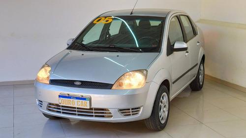 Imagem 1 de 5 de Ford Fiesta 1.6 Mpi Sedan 8v Flex 4p Manual