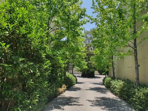 Imagen 1 de 30 de Majestuosa Residencia En Condominio En Venta Lomas De Chapul