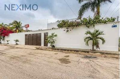 Residencia En Venta, Altabrisa, Mérida