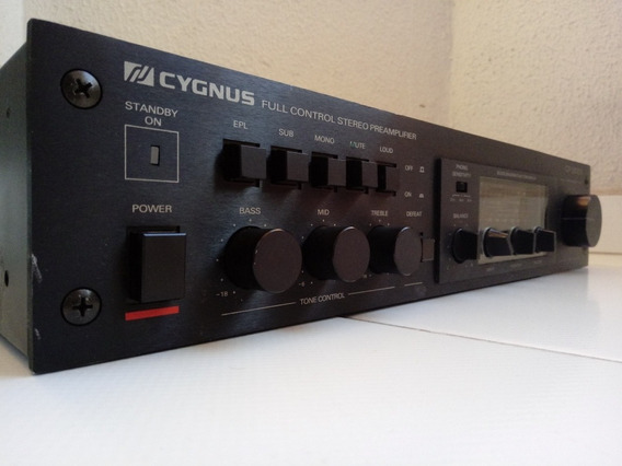 Cygnus - Pre Amplificador Cp1800x