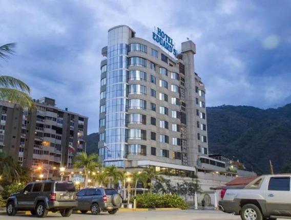 Hotel En Venta En Macuto Cod: 20-18399