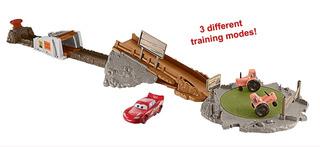Pista Lanzador Cars Tractores Locos Incluye Cars De Mattel