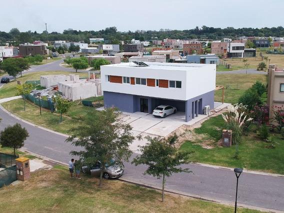 Casa 210 Mts + Llave En Mano + Energía Solar + Calefacción S