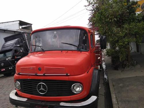 Imagem 1 de 8 de Mercedes 1113