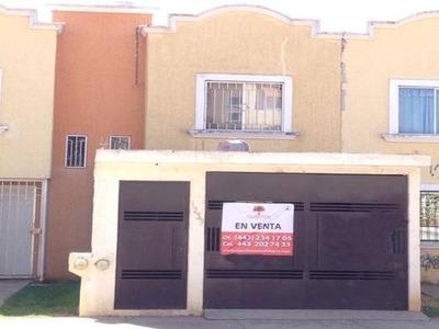 Casa Sola En Venta Fracc. Villas Del Pedregal