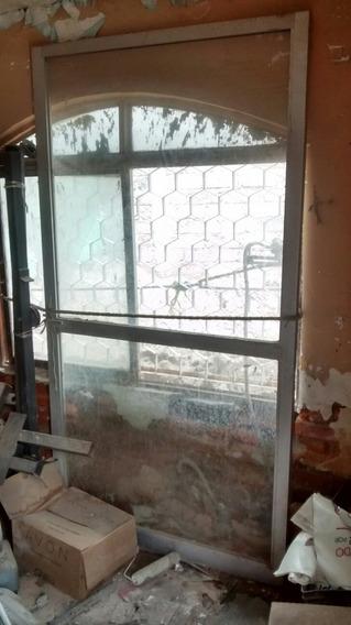 Puerta De Aluminio Con Vidrio