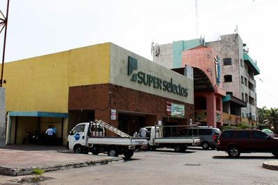 Local En Alquiler Centro Comercial El Faro La Libertad