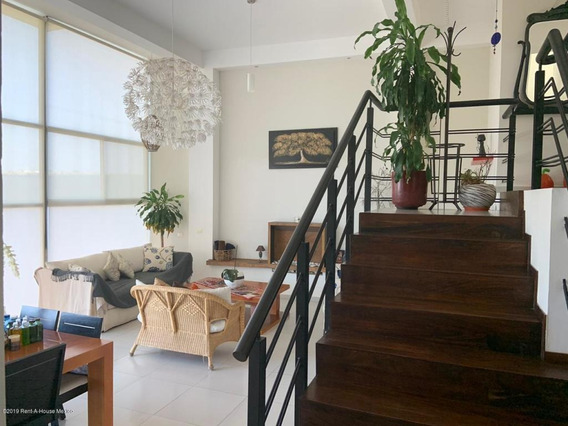 Casa En Renta En Mision Conca, Queretaro, Rah-mx-20-101