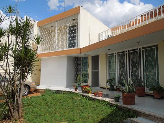 Casa Amueblada Con Excelente Ubicacion, 5 Habitaciones