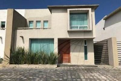 Casa En Renta Toluca Col. Azteca 15-cr-6434