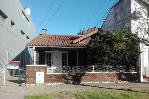 Imagen 1 de 14 de Casa En Venta En Ramos Mejia Sur