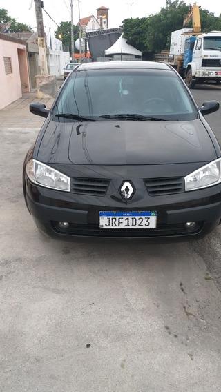 Renault Megane 1.6 Expression Hi-flex 4p 2009