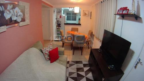 Venda De Apartamentos / Padrão  Na Cidade De São Carlos 23631