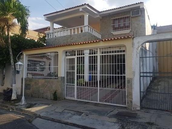 En Venta Casa En La Esmeralda. 106 Mtrs2 (30.000) Negociable