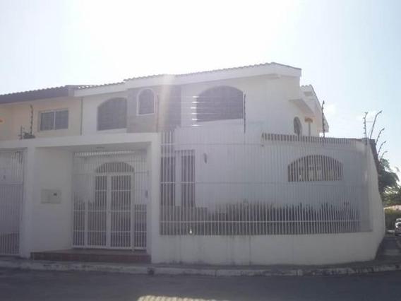 Casa En Venta Este De Barquisimeto #20-134 As