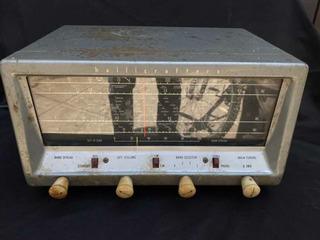 Radio Hallicrafters S38e