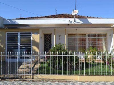 Casa Com 3 Dorms, Centro, Amparo - R$ 690 Mil, Cod: 1251 - V1251