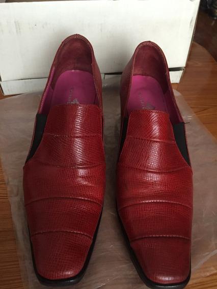 Zapatos Cerrados De Vestir Colorados Gustavo Cassin Cuero