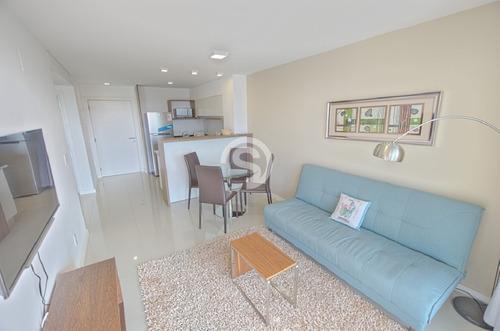 Apartamento En Venta Playa Brava- Ref: 1403