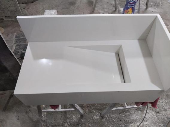 Lavatório Em Porcelanato Sob Medida