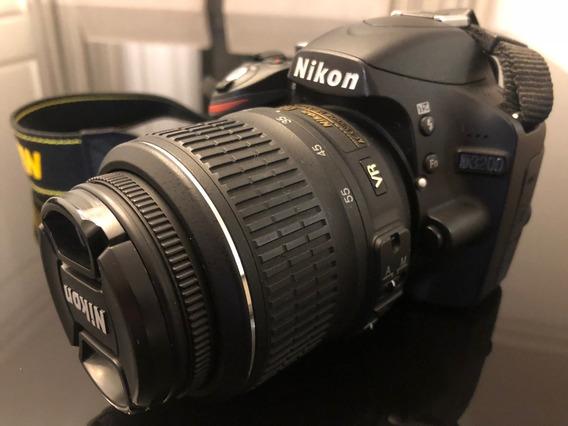 Câmera Nikon D3200 + Lente 18-55mm Semi-nova
