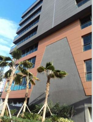 Local Para Oficina En Torre Empresarial En Evaristo Morales
