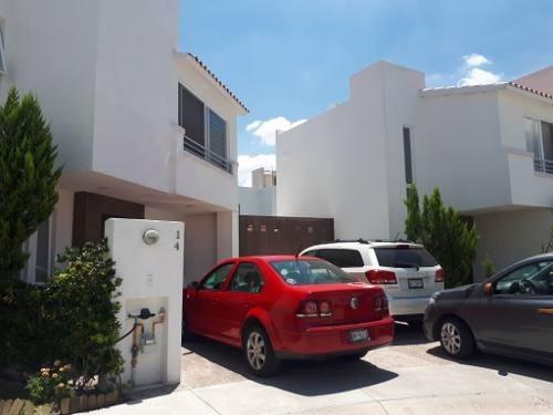 Casa En Venta, Calzada Navarra 506, Residencial Alcázar, Jesús María, Aguascalientes, Rcv 332047