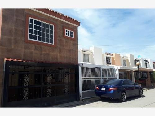 Casa Sola En Venta Plaza Reforma A Privada A Minutos De Malecon De Mazatlan