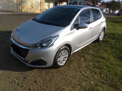 Peugeot 208 1.6 Automático + Teto