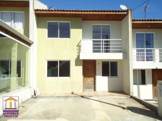 Excelente Sobrado Com Três Dormitorios Com Suíte Localizado No Bairro Estação/ Araucária- Pr - S-701 - 33367138