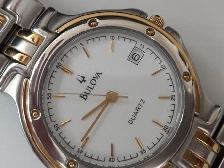 Relógio Bulova Swiss Made Impecável Caixa E Pulseira Em Aço