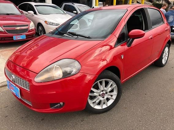 Fiat / Punto Attractive 1.4 2012/12 (financia Aceita Troca )