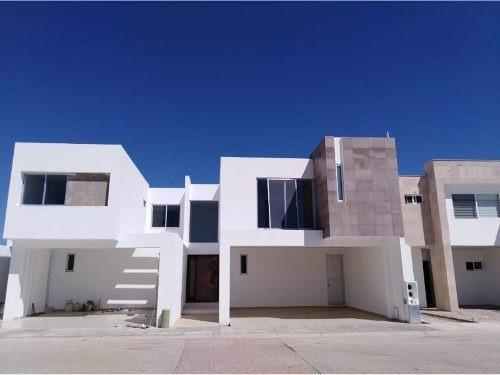 Casa Sola En Venta Fracc. Residencial Villas De Zambrano