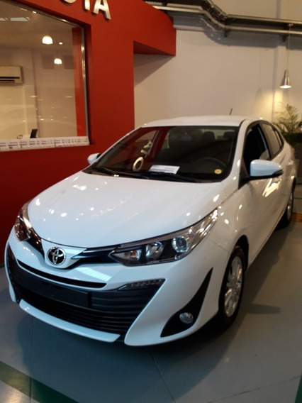 Toyota Yaris 1.5 Xls Pack Cvt Hatchback 5p Automatico Kansai