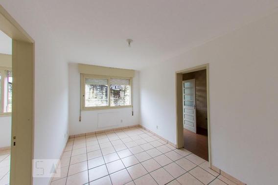Apartamento No 2º Andar Com 1 Dormitório - Id: 892972089 - 272089