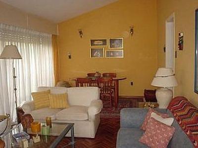 Cómoda Casa, Carrasco, 2 Dormitorios Y 1 Baño